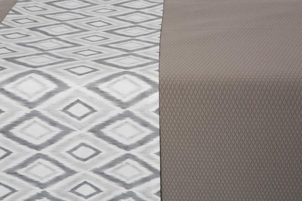 Bed Runner Grey / White